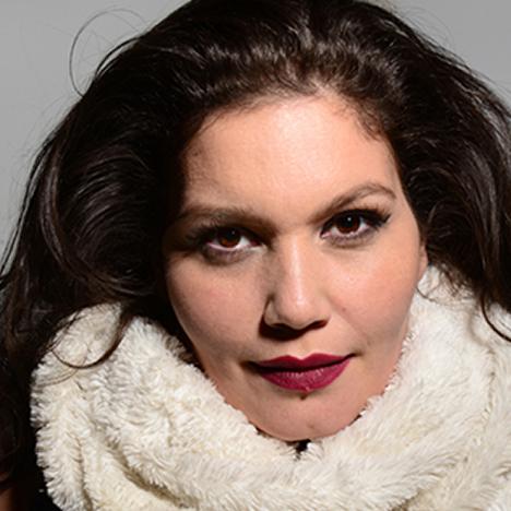 http://www.hipnotic.com/wp-content/uploads/2012/12/MarianneSolivan_468x468.jpg